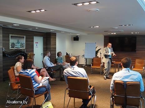 Влад Акишев управленческий тренинг в Минске